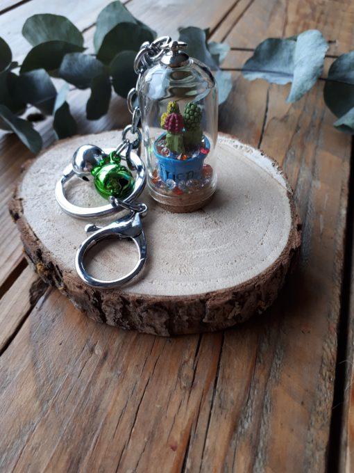 sweet boutik porte clef cloche en verre cactus friend