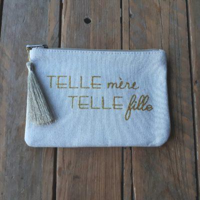 sweet boutik pochette en tissus à message telle mère telle fille pompon doré