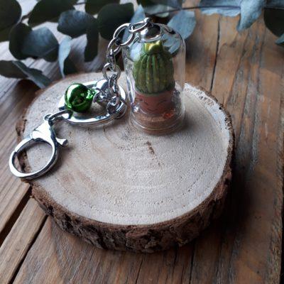 sweet boutik porte clef cloche en verre cactus